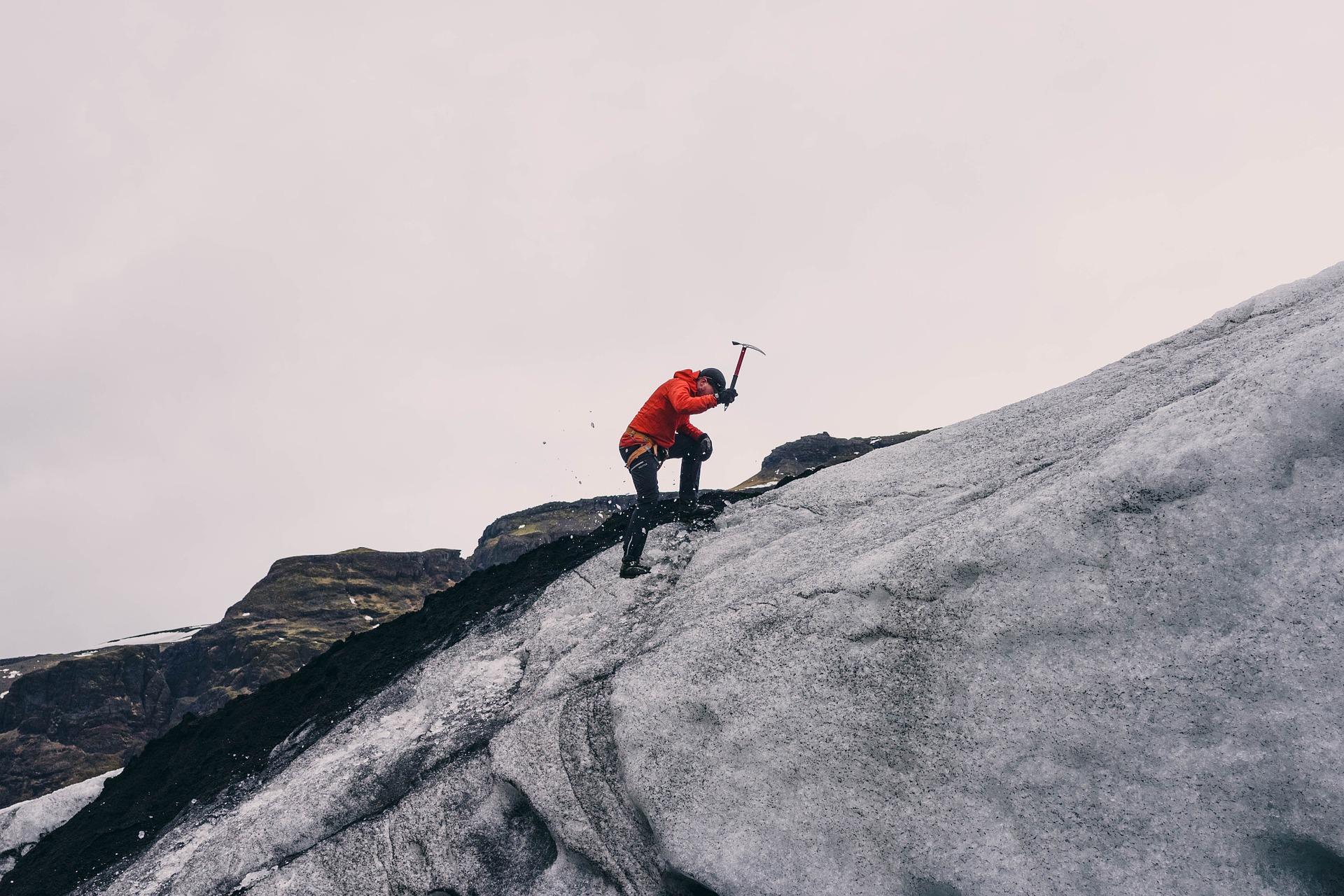 Klättra i berg – en hobby som passar de äventyrliga